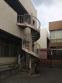 鉄骨螺旋階段